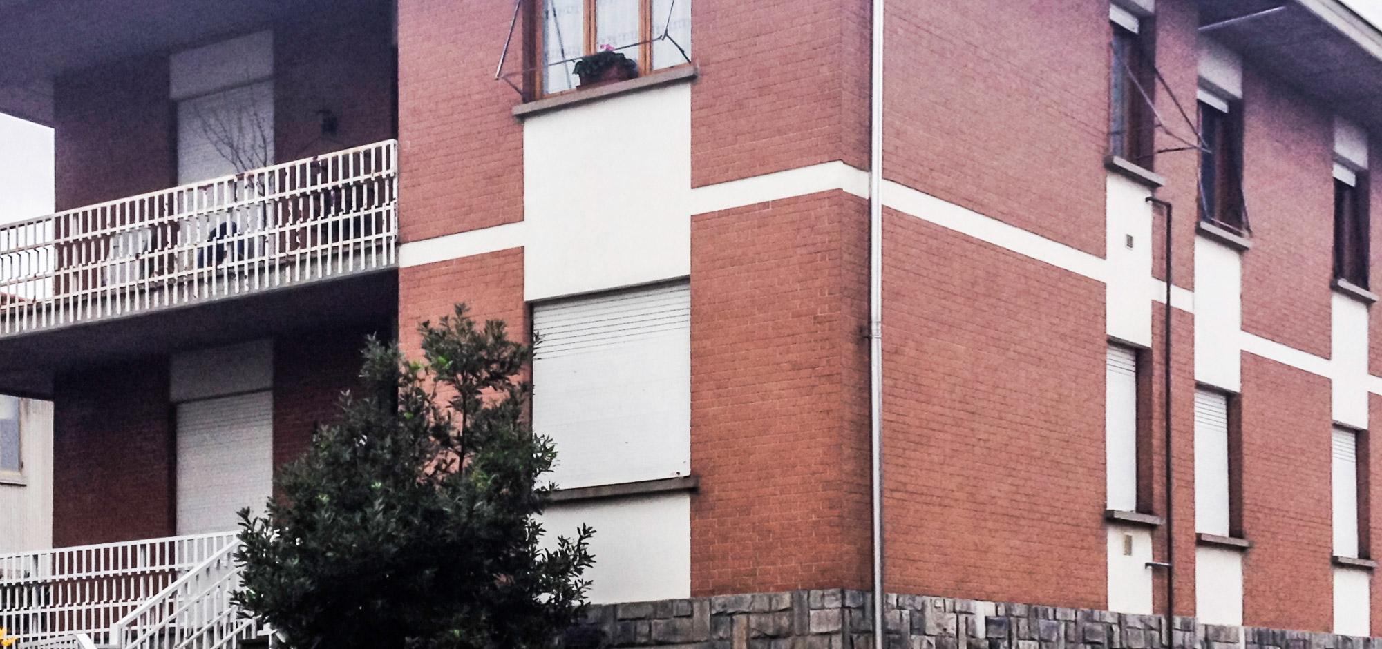 Edificio prima della ristrutturazione degli esterni